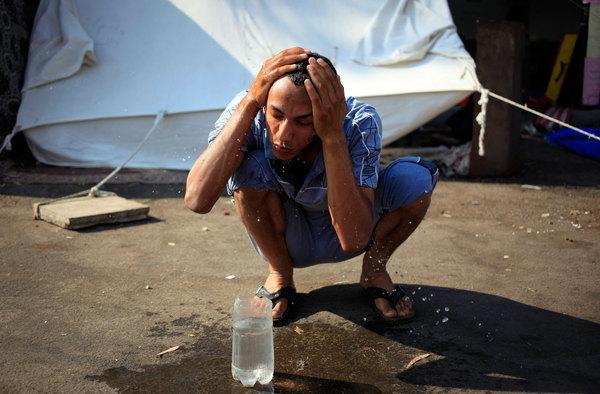 944340_1_1028-Egypt-water_standard