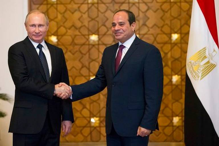 Egypt_Russia_52048