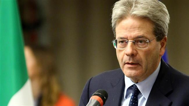 Italian-foreign-minister-Paolo-Gentiloni-f